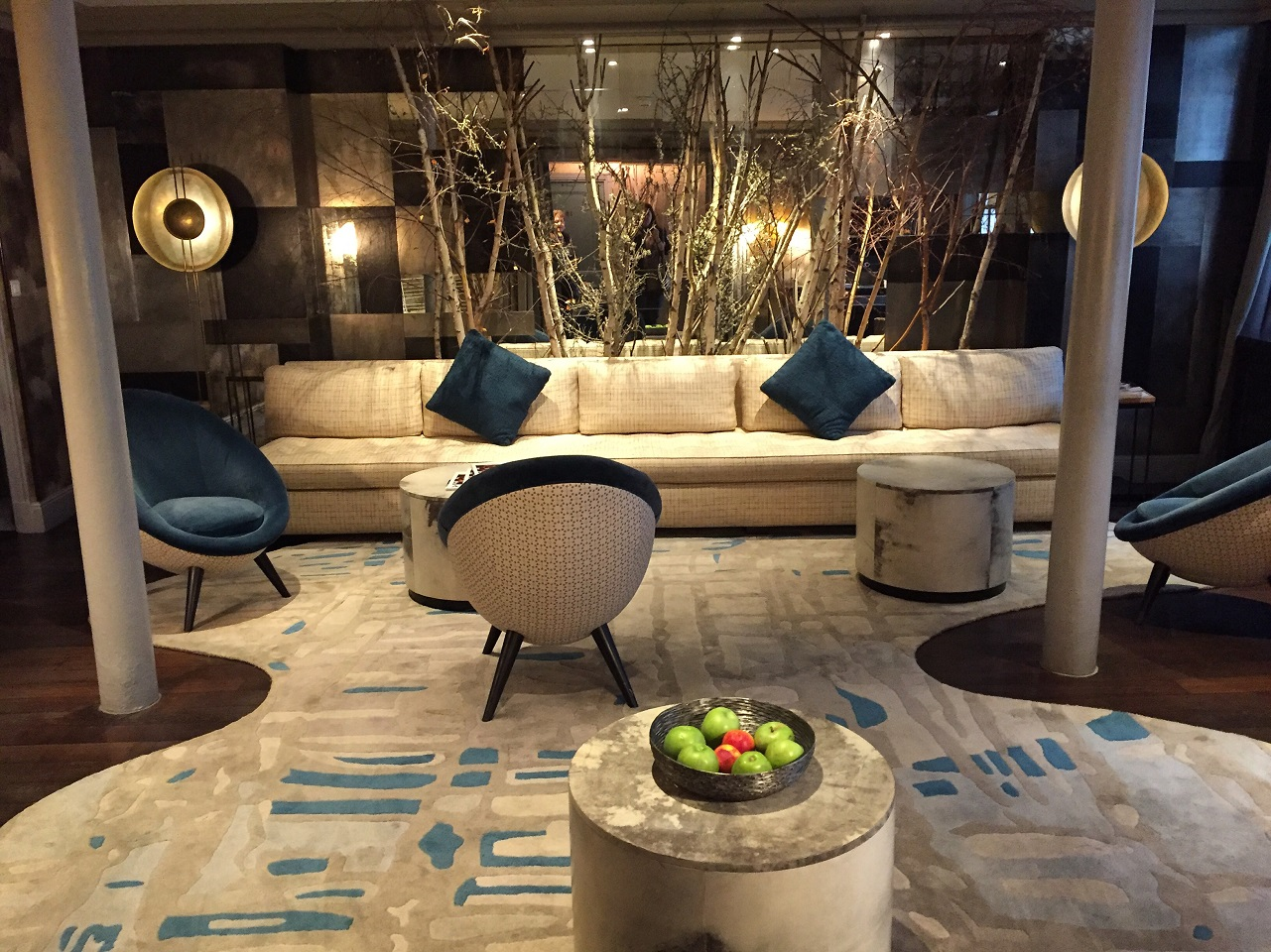 Hotel therese review luxury paris boutique on the right for Hotel design paris 8